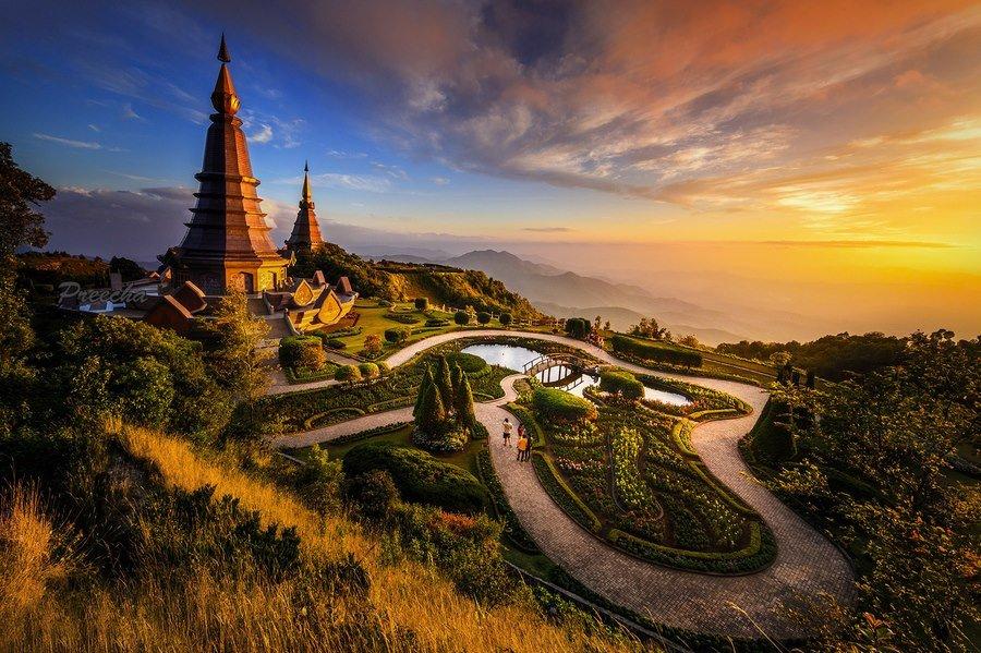 Naphamethanidon & Naphapholphumisiri Pagoda Doi Inthanont, Chiangmai, Thailand