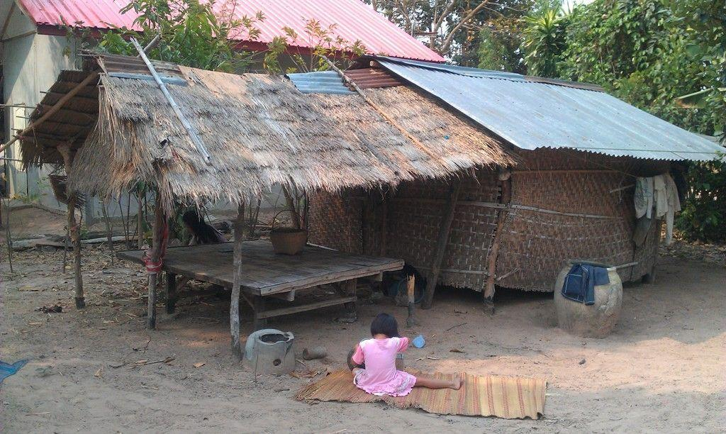 Wapi Pathum village makeshift dwelling